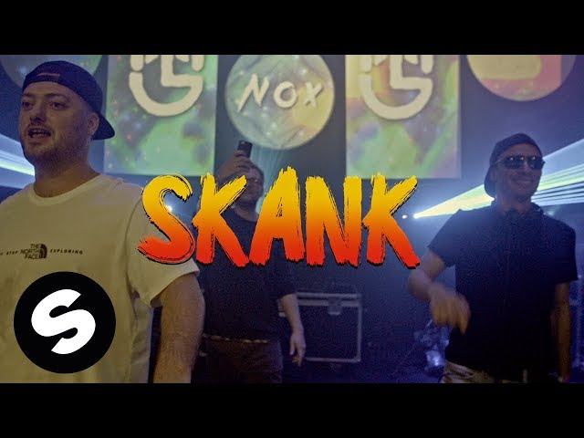 Dux n Bass & Macky Gee - Walk n Skank (Official Lyric Video)