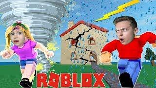 НОВЫЙ ОСТРОВ ВЫЖИВАНИЯ в ROBLOX София и Дима играют спасаемся от ВУЛКАНА Natural Disaster Survival