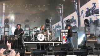 THE CURE INTRO + SHAKE DOG SHAKE BOTTLEROCK NAPA CA 5-30-14
