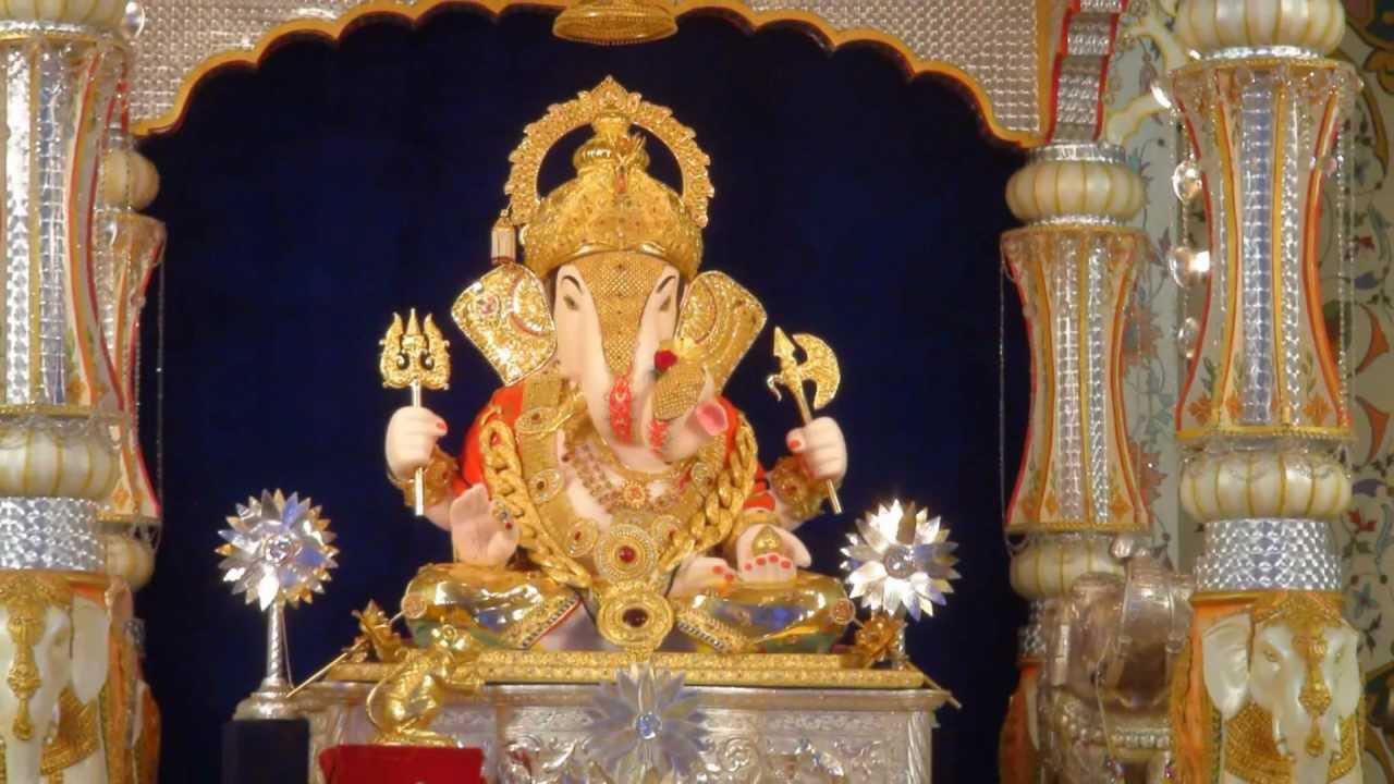 Ganesh Laxmi Wallpaper Full Size Hd Poona Ganeshotsav 2011 Part 1 Shrimant Dagadusheth