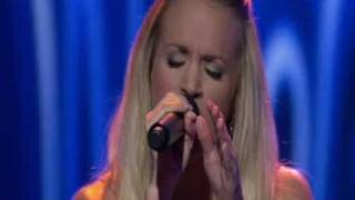 Carrie Underwood - Wasted Live Performance on American Idol 6