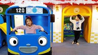 타요키즈카페 놀러갔어요!! 서은이와 유준이의 타요 키즈카페 방방 트램펄린 미끄럼틀 볼풀 불리 Tayo Indoor Playground Тайо