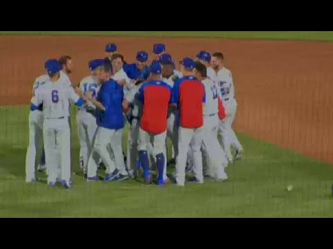 Cubs' Court singles home the winner