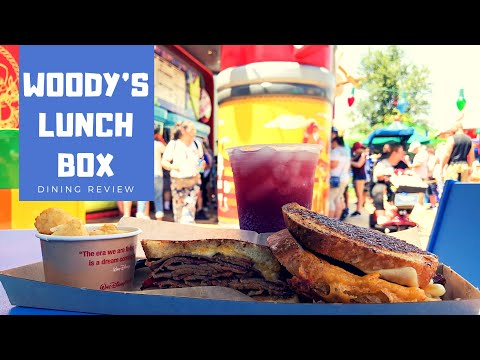 DINING REVIEW: Woody's Lunch Box | Toy Story Land At Disney's Hollywood Studios