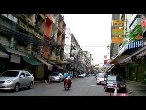 2017 曼谷自由行 - BTS Chitlom空鐵站步行往水門區酒店、Ratchaprarop 水門機場捷運站 、Pratunam Market ชิดลม