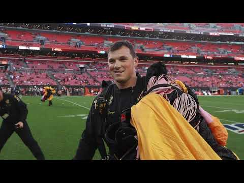 Army Golden Knights Jump Into Cleveland Browns Final Preseason Game