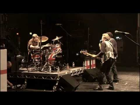 Sex Pistols - (I'm Not Your) Stepping Stone - Brixton Academy 09/16 HQ