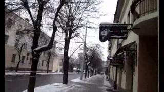 Брест: прогулка по городу. часть вторая(Продолжаем прогулку по городу Бресту. В первой часть мы прошли по улицам города и зашли в торговый центр..., 2012-12-09T15:44:03.000Z)