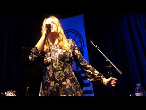Joan Osborne - Tangled Up in Blue