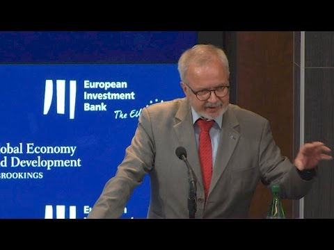 EIB President Werner Hoyer explains the bank's strategy for leveraging capital
