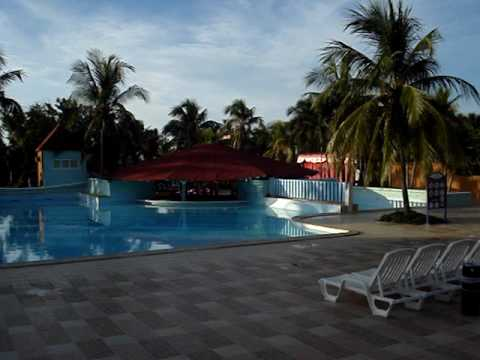 Santa lucia cuba 09 caracol panoramica zona piscina for Piscina santa lucia