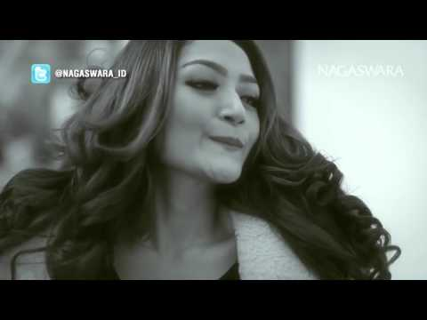 Siti Badriah   Mama Minta Pulsa   Official Music Video   Nagaswara