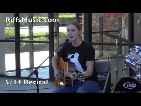 Murrieta/Temecula Guitar and Vocal Lessons | Riffs Music Lessons