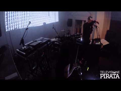 Khan featuring Julia Kent LIVE - Varvara Festival