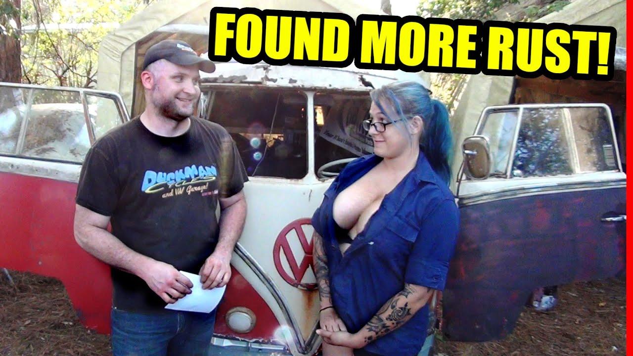 Download Door Broke Off - Found More Hidden Rust - 1967 VW Bus - Gregory - 22