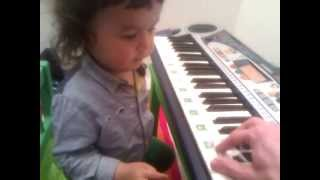 2 years old kid piano lesson