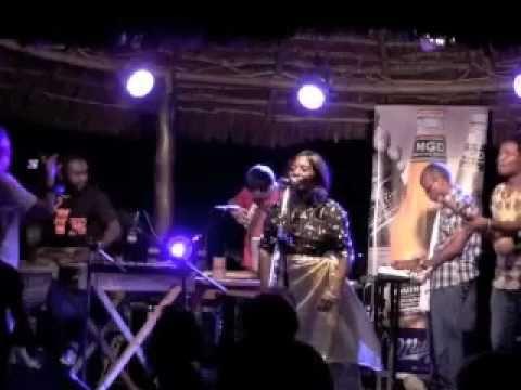 Macho Yanacheka Live - Bi Shakila