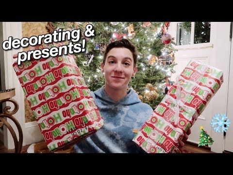 gifts with friends, decorating the tree, + surprise for mom!
