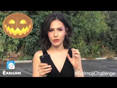 Erin Sanders accepts the #EarimojiChallenge