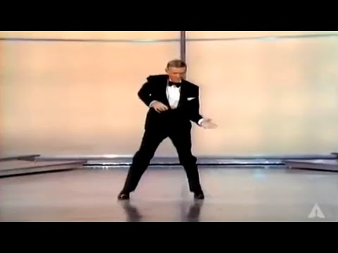 Fred Astaire Cuts Loose 1970 Oscars--The Name Synonymous With Dance