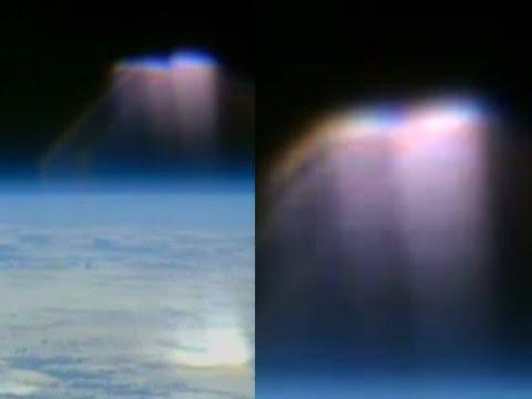 IT'S BACK!! UFO Sightings Dark Knight 13000 Year Old Satellite Returns!!? 2015
