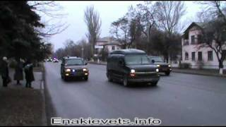 Янукович и Ахметов в Енакиево.mp4(, 2011-12-06T21:39:36.000Z)
