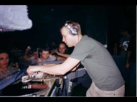 Sander Kleinenberg - Live at Electrolux 16-06-2002 part 1/2