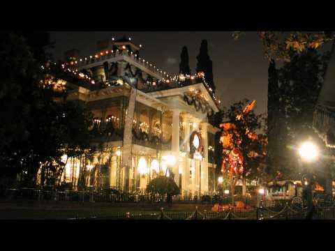 Haunted Mansion Holiday music box