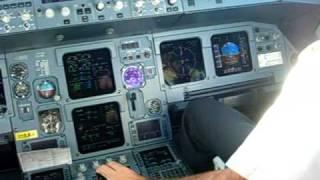 A321 Alitalia cockpit view landing Nice (France) LFMN