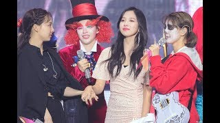 [ TWICE Funny Moments #25 ] TWICE FANMEETING ONCE HALLOWEEN 2 MOMENTS 2019