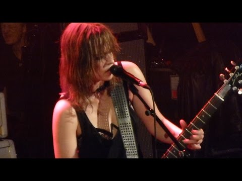 Halestorm - Mayhem - Live Paris 2016