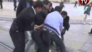 6 polis zor ayırdı
