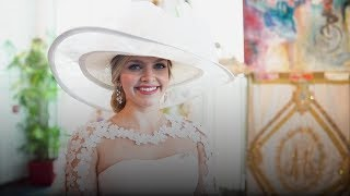 Birthplace of Mardi Gras Hosts A Luncheon With A Queen, Huge Hats & Teddy Bears | Southern Living