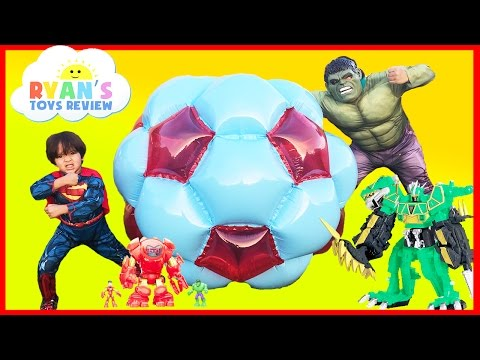 GIANT BALL SURPRISE OPENING Marvel Avengers SuperHeroes Toys Spiderman Hulk Superman Egg Kids Video