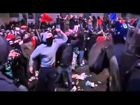 HD - THE WORLD IS WAKING UP, ILLUMINATI EXPOSED, GLOBAL PROTEST And RIOTS 2010