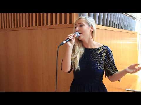 Amazing Grace (A capella) - Hochzeitssängerin Ola Stovall