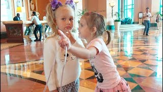 ВЛОГ Едем в  Atlantis the palm в Дубаи Алина и Алиса играют в Лол в Отеле  VLOG