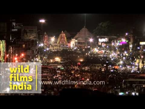 Devotees in fast motion during Rath Yatra at Puri