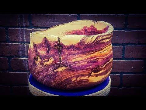 Woodturning Rescued Cedar Firewood  WOW!