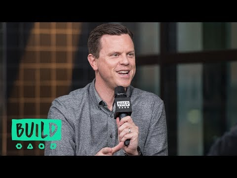 """Willie Geist Sits Down To Chat About His Show, """"Sunday TODAY"""""""
