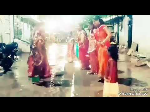 Gallu Galluna Bathukamma song