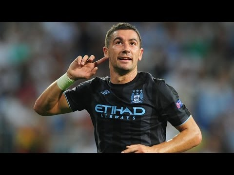Aleksandar Kolarov - Crazy Crossing Technique (HD)