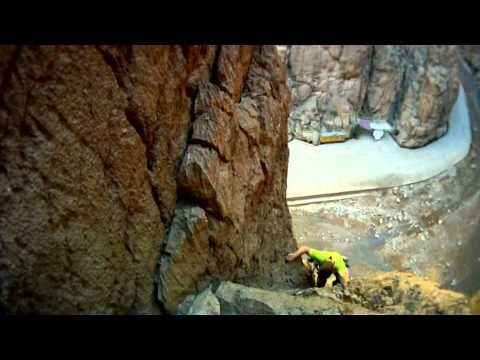 LE RINCE PIEDS - Todra Gorge
