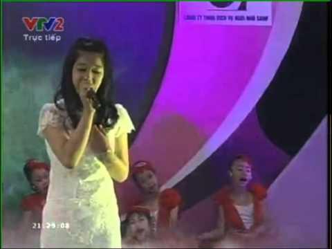 Gặp mẹ trong mơ (Live)- Hoàng Yến Chibi 14/5/2013