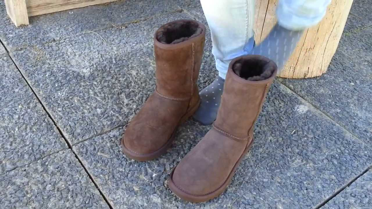 acc6278db8 UGG Classic Short Chocolate 5825 - YouTube