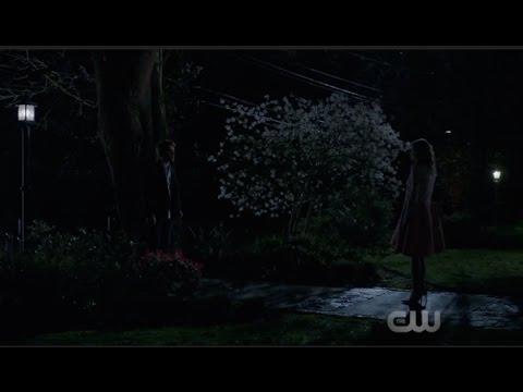 Archie & Betty {Riverdale 1x01}