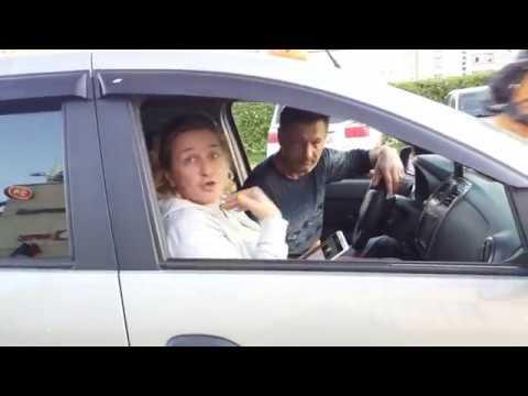 Выпившая женщина устроила скандал таксисту г.Жуковский