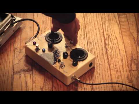Walrus audio janus tremolo fuzz joystick pedal technical demo