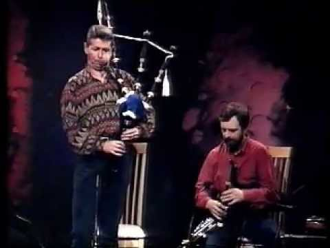 Bagpipes and Uilleann Pipes Duet  Brilliant!