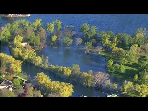 40 per cent of Toronto Island still under water